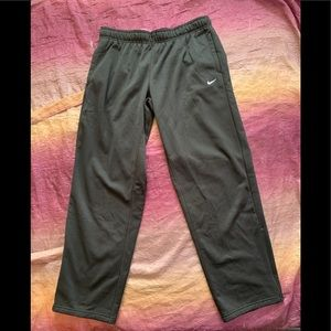 NWT Nike Therma-Fit Pants Size XL